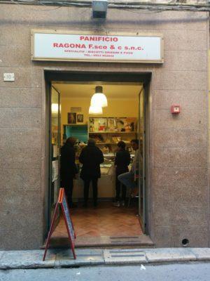 Bäckerei, die die besten Arancini verkauft
