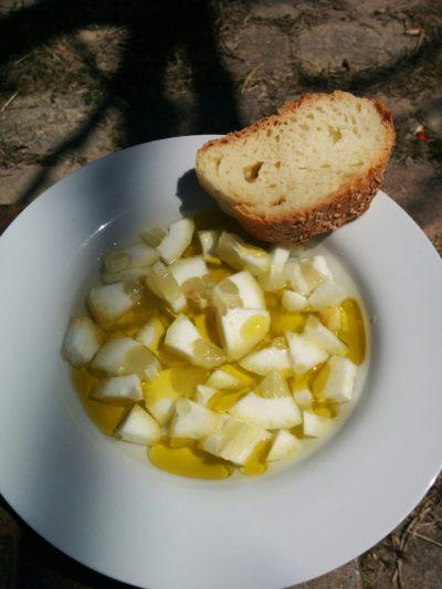 Sizilianischer Zitronensalat mit Brot