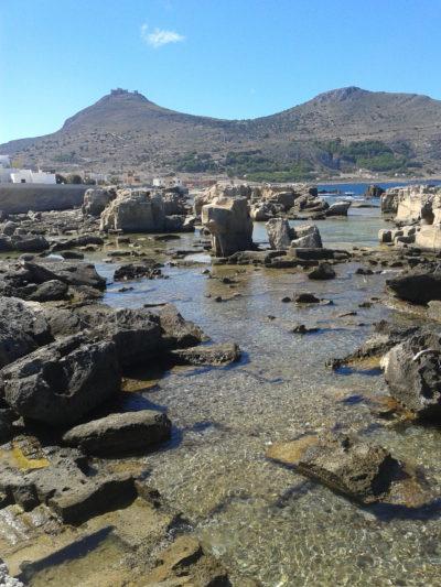 Reste eines Steinbruchs auf der Insel Favignana