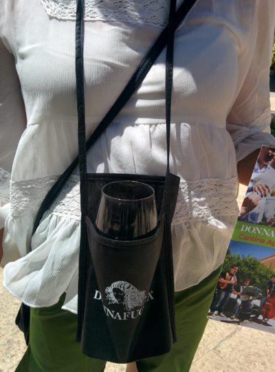 Brustbeutel für das Weinglas