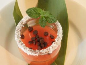 Wassermelonenpudding mit Schokoladentropfen