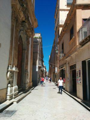 Haupteinkaufsstraße im Zentrum von Marsala