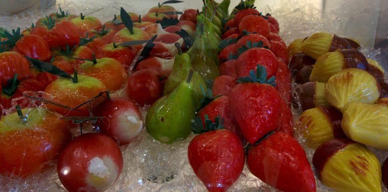 Früchte aus Marzipan