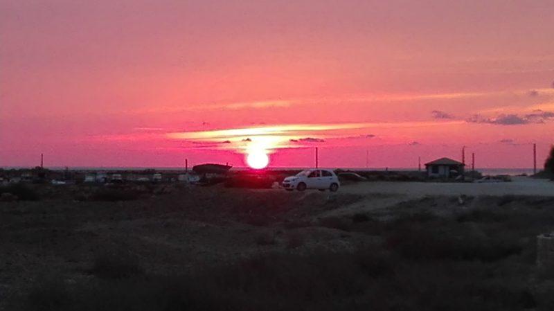 Ein Abendrot in pink! Das gibt es hier im Sommer auch öfters zu sehen.